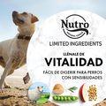 Nutro Limited Ingredient Diet razas medianas cordero image number null