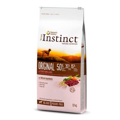 True Instinct Original Medium/Maxi Adult con cordero y avena
