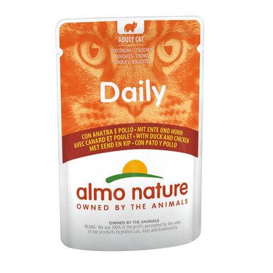 Almo Nature Daily comida húmeda pollo y pato