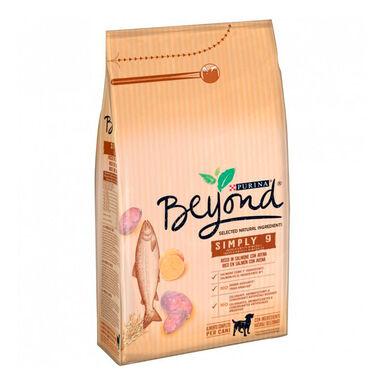 Beyond Simply 9 Adult Salmón 7,5 kg